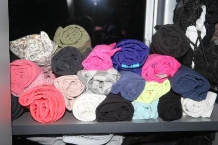 Und ein neues Kleiderkonzept von Fiona (so ordentlich ist nicht einmal der Kleiderschrank zuhause)