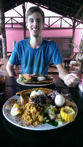 feiner Costaricanischer Teller in La Fortuna