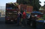voll beladener Lastwagen