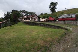 sogar einen kleinen Zug gibt es