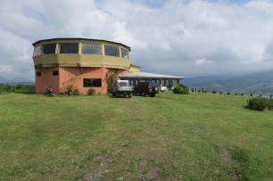 das Drehrestaurant mit Ausblick auf den Arenalsee und den Arenalvulkan