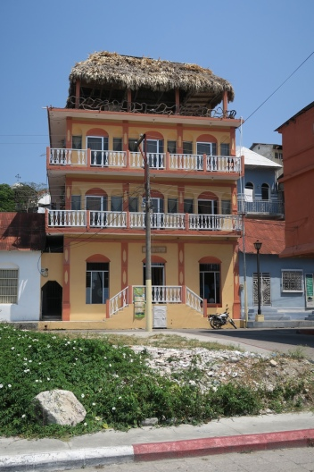 viele farbige Häuser gibts hier