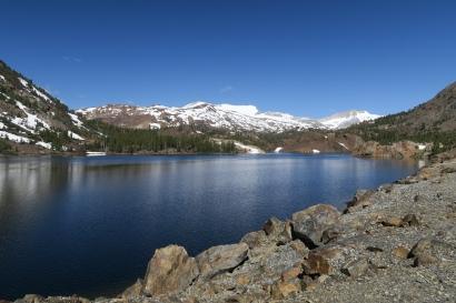 ein Bergsee, wie in in der Schweiz, nicht?