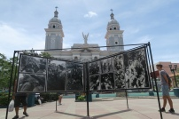 Die Kirche von Santiago mit einer Foto Ausstellung zu Ehren von Fidel Gastro