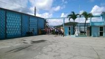 Am Busbahnhof, die Kubaner fangen die Touristen richtiggehend ab